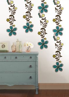 Creative Wall Decor press tape strips firmly against the wall 7 | dimensional wall