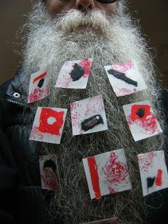 BEARD GALLERY - Opere di Maria Teresa Cazzaro installate sulla mia barba (Galleria Pensile)