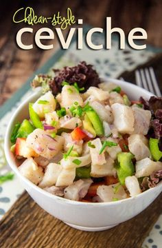 Ceviche (Chile) -- Across South America, savory foods are the order of the day in the morning. Brunch Recipes, Paleo Recipes, Appetizer Recipes, Seafood Recipes, Appetizers, Chilean Recipes, Chilean Food, Chilean Ceviche Recipe, Peru