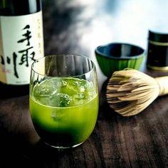 Ich freu mich auf's Wochenende Sake-Tasting ist angesagt.  Wer von Euch hat schon mal Sake getestet?