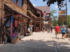The Best Small Towns Across America - Daily Choices Great Places, Places To See, Berkeley Springs, Small Towns, Beautiful Beaches, State Parks, Kayaking, Scenery, America