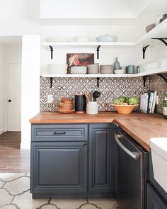 Currently Loving... Spanish Cement Tile