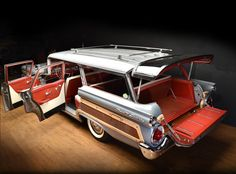 '59 Ford Country Squire 9 Passenger Wagon