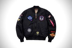 Alpha Industries Takes To The Stars With Their Military Inspired NASA Bomber Jackets Brown Leather Jacket Men, Leather Men, Nasa Bomber Jacket, Bomber Jackets, Alpha Industries Nasa, Moda Retro, Adidas, Biker Style, Gq