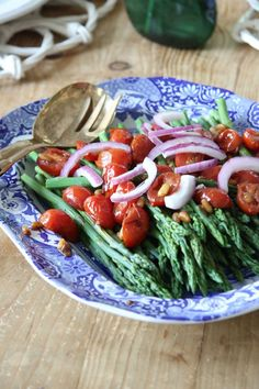 Asparagus with Balsamic Tomatoes and Pine Nuts | Ridgely's Radar