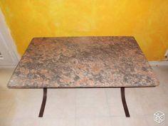 Table basse plateau en marbre + pieds en fer forge