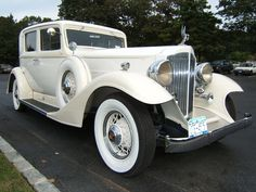 Checkout the classic limo 1933 Packard Super-8 limited edition.One of the most beautiful Packard ever made