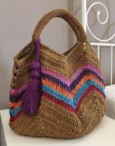 Ideas Crochet Purse Handles Granny Squares For 2019 Crochet Beach Bags, Crochet Market Bag, Crochet Diy, Crochet Tote, Crochet Handbags, Crochet Purses, Pixel Crochet, Crochet Granny, Crochet Purse Patterns