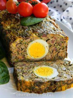 DROB DE MIEL | Rețete Fel de Fel Romania Food, Kebab, Hungarian Recipes, Easter Recipes, Easter Food, Bacon, Good Food, Food And Drink, Favorite Recipes