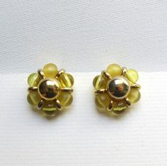 Vintage retro 1970s yellow glass bead and gold tone button cluster earrings