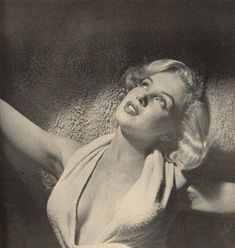 Marilyn photographed by Anthony Beauchamp, 1951.
