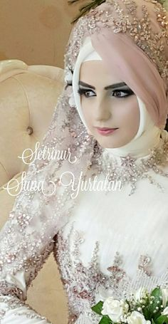 Ssoooo ccuuutteeee Wedding Hijab Styles, Hijab Wedding, Muslimah Wedding Dress, Bridal Hijab, Muslim Wedding Dresses, Hijab Bride, Muslim Brides, Muslim Dress, Pakistani Bridal