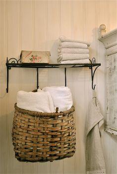 Hanging towel basket