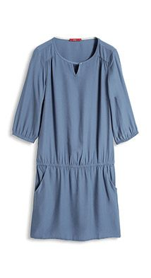 Tailliertes Kleid aus Crepe