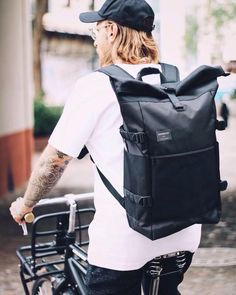 Our instagram is a great source of style inspiration and great combinations  with our bags. In this one  our backpack Fabian looking fantastic on a bike. af5cab5accd4f
