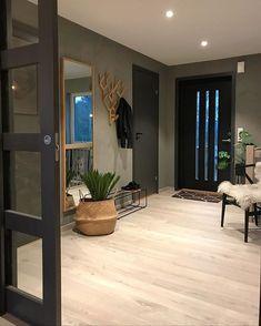 Interior Living Room Design Trends for 2019 - Interior Design Interior Design Living Room, Living Room Designs, Interior Decorating, Casa Patio, Aesthetic Room Decor, House Entrance, Cozy House, Home Living Room, Entryway Decor