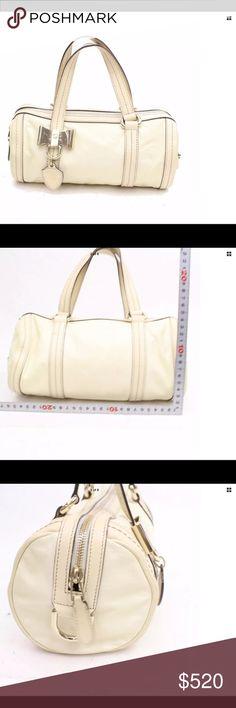 036322b83ff1 Gucci Cream Leather Handbag 💯Authentic!! GUCCI Cream Leather Bag Very Good  Condition Inside