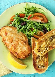 French Delicacies Essentials - Some Uncomplicated Strategies For Newbies Quick Crispy Chicken With Cranberry Arugula Salad And Garlic Toasts More Easy Recipes On Cooking Recipes, Easy Recipes, Healthy Recipes, Home Delivery Meals, Healthy Food Delivery, Delivery Food, Hello Fresh Recipes, Food Crush, Crispy Chicken