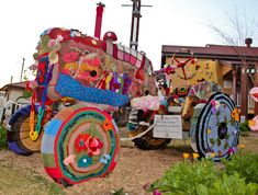 #yarnbombed tractor - Post by @Abidjanaise of Sparkling Adventures, spotted via @knithacker