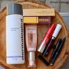 I have not done a favourites post in so long! They have been doing the rounds so I decided to join. Come & see what products made my January 2020 favourites. Dermalogica Ultra Calming Cleanser, Revlon Lip, Soft Eyes, The Deed, Lip Oil, Natural Looks, Instagram Feed, Nook, House Architecture