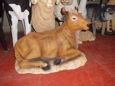 Réplica de buey para decorar belén en Navidad Goats, Cow, Animals, Ox, Nativity Sets, Christmas Decor, Crafts, Animales, Animaux