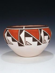 Shop our large selections of fine Native American Indian jewelry, Pueblo pottery, Zuni fetishes, and more! Coiled Pottery, Pottery Bowls, Ceramic Bowls, Pottery Art, Ceramic Art, Pottery Painting Designs, Pottery Designs, Native American Pottery, Native American Art