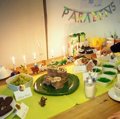 Kindergeburtstag Grüffelo Kuchen glutenfrei Activities, Table Decorations, Winter, Blog, Home Decor, Playing Games, Glutenfree, Decorating, Winter Time