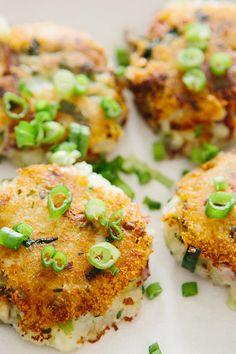 Potato, Leek and Mushroom Cakes: crispy, savory, and totally satisfying (vegan).