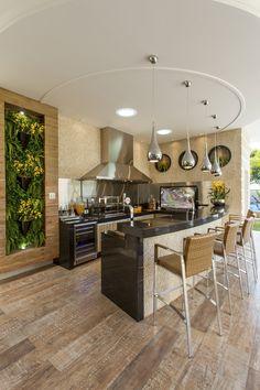 LINDO BALCAO E PAINEL VERDEProjetos Residencias | Casa Tripoli | Arquiteto Aquiles Nícolas Kílaris