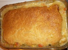 Melt In Your Mouth Chicken Pot Pie   Just A Pinch Recipes Casserole Recipes, Meat Recipes, Chicken Recipes, Cooking Recipes, Yummy Recipes, Dinner Recipes, Easy Chicken Pot Pie, Chicken Pot Pie Casserole, Southern Food