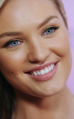 THE BEAUTY OF CANDICE SWANEPOEL FACE CLOSE UP Candice Swanepoel Model Candice Swanepoel is a South African model best known for her work with Victoria's Secret. In 2012, she came in 10th on the Forbes top-earning models list. Wikipedia Born: October 20, 1988 (age 25), Mooiriver, South Africa Height: 1.77 m Nationality: South African