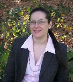 "Marisa Angelis -   www.marisaangelis.com   The official website !  Australian Visual Artist Painter Designer Writer Poet Philanthropist Humanitarian Promoter - who holds four nominations, including ""Australian of the Year 2003"" Short List - Role Model"