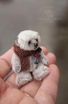Munchkin Mini Miniature 2 1/4 Artist Teddy Bear by
