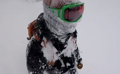 Under Armour Snowboard jacket review - http://mtnweekly.com/reviews/jacket-reviews/under-armour-gore-tex-treeburn-jacket-review