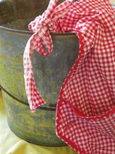 Red and white gingham apron Southern Pride, Southern Sayings, Southern Girls, Southern Comfort, Southern Charm, Southern Belle, Country Girls, Country Life, Country Living