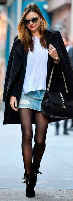 Bom dia amores, tudo bom? Hoje estamos atendendo ao pedido de muitas leitoras A dúvida de como usar saia no inverno é super comum, e faz todo sentido.Mas podem ter certeza que existem mil maneir…