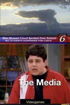 "Cun shaped Cloud Sponod Ov"" School 6 q Media - iFunny :) Funny Shit, Funniest Hilarious Memes, Really Funny Memes, Stupid Funny Memes, Funny Relatable Memes, Haha Funny, Funny Posts, Funny Quotes, Funny Stuff"