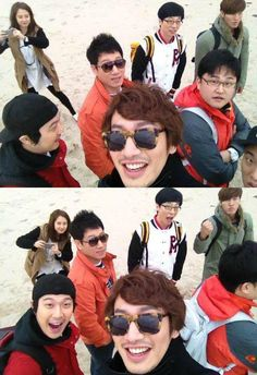 Running Man - 런닝맨 ♡ Kwang Soo aka Giraffe - Ahahaha, is that Myuk PD I see Running Man Song, Running Man Cast, Running Man Korean, Ji Hyo Running Man, Korean Tv Shows, Korean Variety Shows, Kim Jong Kook, Kwang Soo, Man Photo