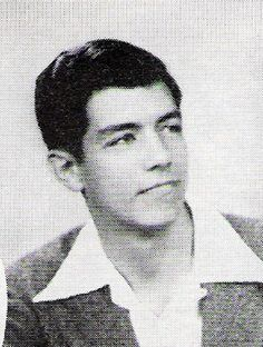 Young Pernell Roberts! Played Adam Cartwright on Bonanza.