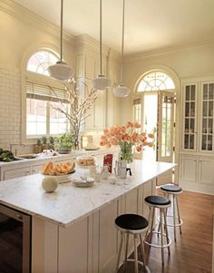 Kitchen #kitchen #island #neutral