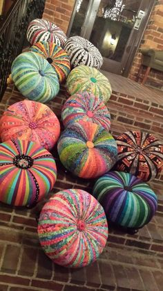 Assemble your own 18 Tuffet Kit without Bun Feet and Fabric Crafts, Sewing Crafts, Sewing Projects, Craft Projects, Projects To Try, Pin Cushions, Pillows, Adornos Halloween, Painted Pumpkins