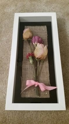 Shadow box with dried flowers from Moms funeral service (: - Crafts Diy Home Flower Shadow Box, Diy Shadow Box, Flower Boxes, Dried Flower Arrangements, Dried Flowers, Funeral Flowers, Wedding Flowers, Flower Crafts, Flower Art