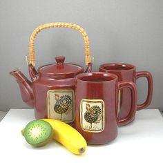 Otagiri Teapot  2 Mugs Rooster Design Made in Japan Cinnamon Brown Vintage 1960-70s Kitchen Farmhouse Chic Decor