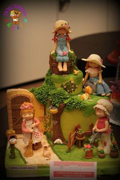 Il dolce mondo di Sarah Kay - by DOLCEmenteSheila @ CakesDecor.com - cake decorating website