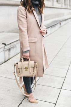 16 Nude-Blush Outerwear Pieces to Wear into Spring The Blushed Nudes, Cloth Bags, Sweater Weather, Hermes Kelly, Dressing, Blame, Lighter, Affair, Accessories