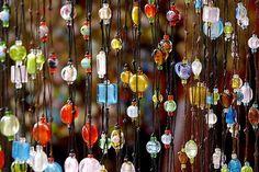 Beads curtain