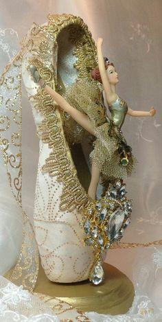 Ballet Point Shoe Art - I love this Ballerina!!