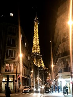 Paris Fashion Week Day 1 & 2-Blank Itinerary
