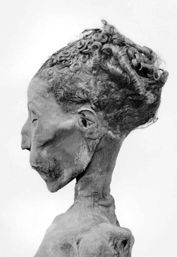 in the midst of the beauty of the remnants of Ancient Egypt. hairstyles in Ancient Egypt. Egyptian hairstyles varied from one time period R. Ancient Egyptian Art, Ancient History, Egyptian Hairstyles, Egypt Mummy, Papyrus, Egyptian Mummies, Les Continents, Avatar, Ancient Civilizations