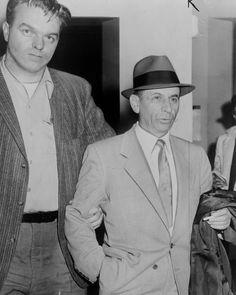 Gambling boss Meyer Lansky led by a detective for booking on vagrancy charge at Street police station, NYC. Mafia, Our Man In Havana, Cheese Blintzes, Bugsy Siegel, Man Cave Wall Art, Restaurant New York, Large Photos, Le Moulin, Gangsters